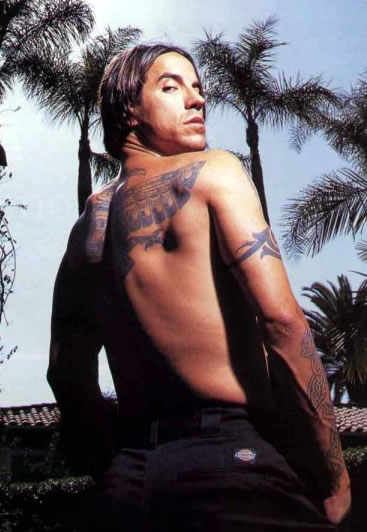 a biography of anthony kiedis the lead singer of red hot chilli peppers Red hot chili peppers biography on rolling stone, your go to source for artist bios after meeting at la's fairfax high school, singer anthony kiedis kiedis recruited a chili peppers fan.