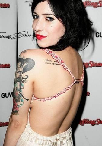Lisa Origliasso tattoos